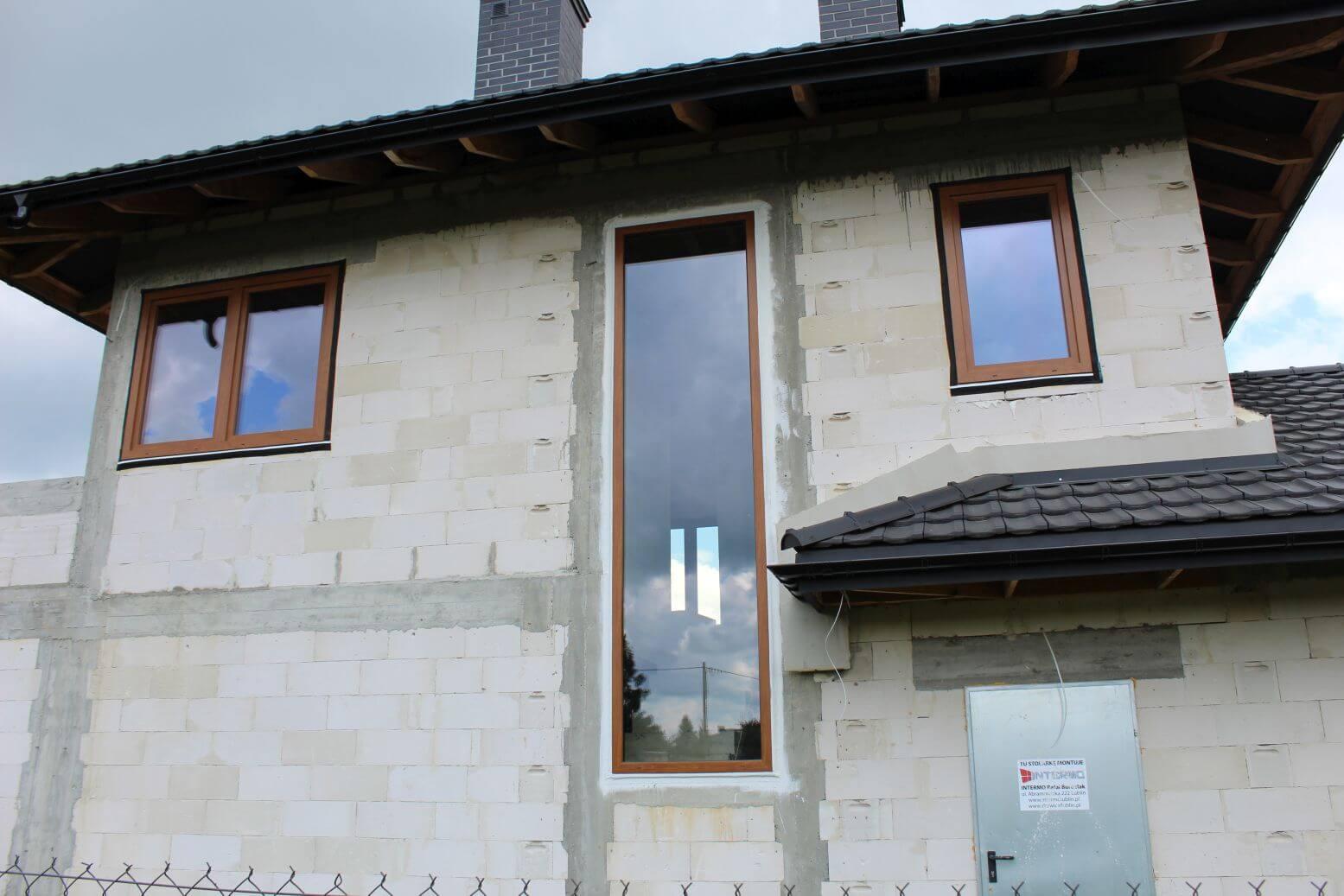 duze okno w domu