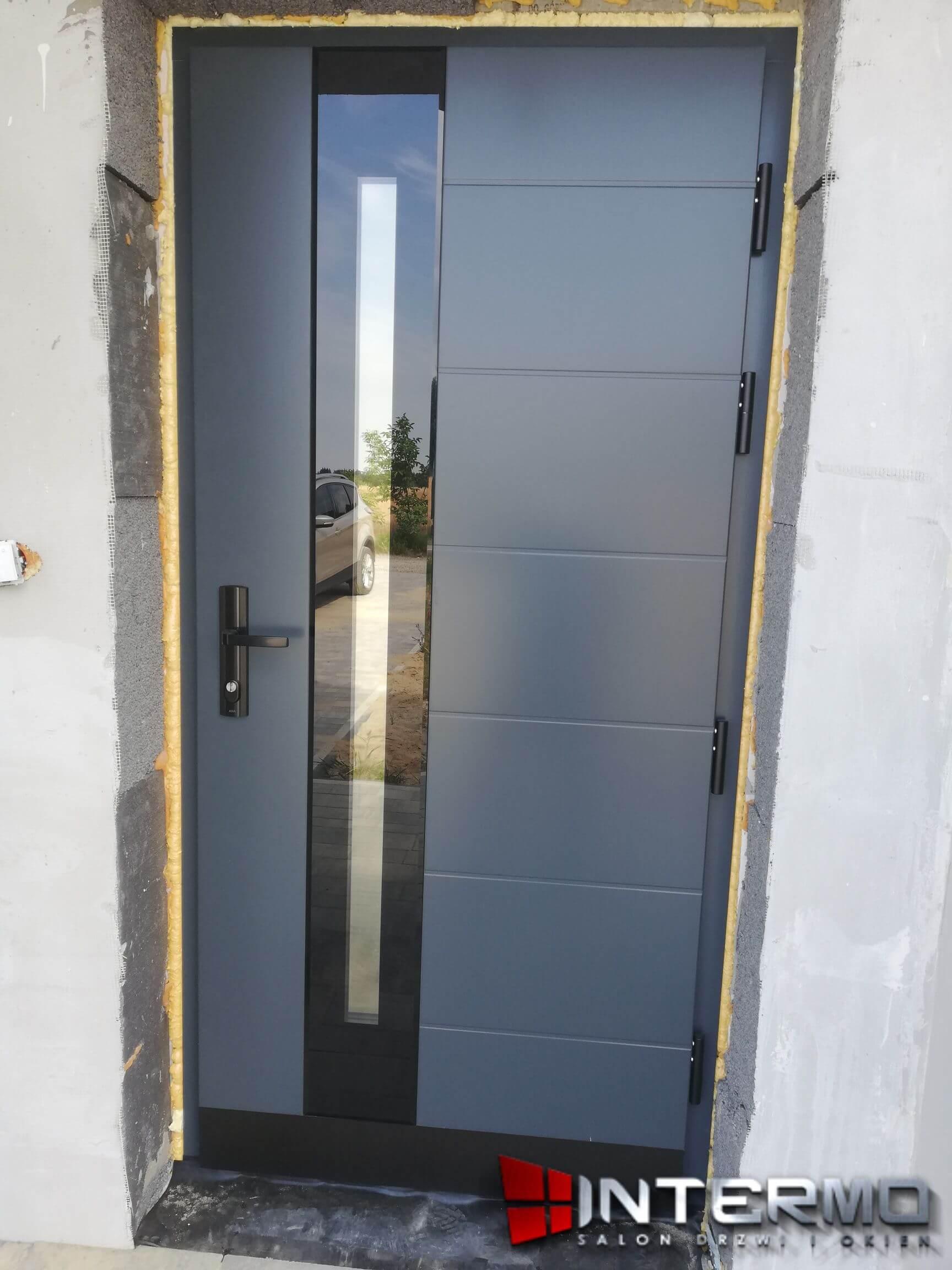 Zamontowane drzwi tarasowe