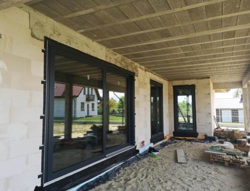 Okna Primo 82 kolor antracyt montaż Dorochucza